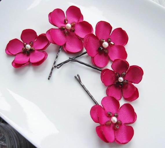 roze bloemen pins valentine boillat (ririfish op etsy)