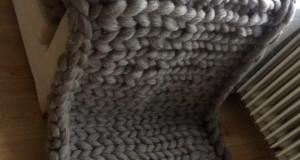 Woonplaid breien van lontwol